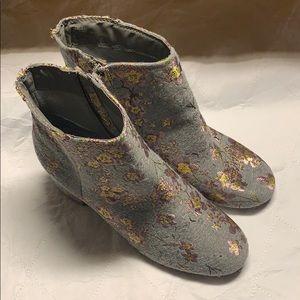 Zigi Soho Floral Boots